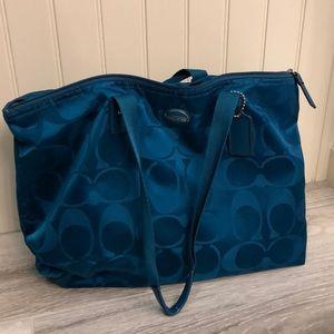 Coach shoulder tote bag for sale.